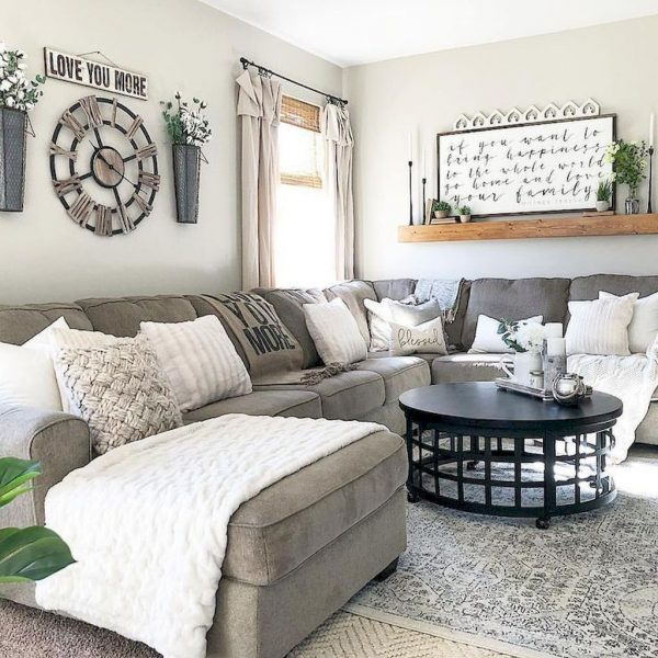 Farmhouse-Style-Living-Room-Decor-Ideas-1