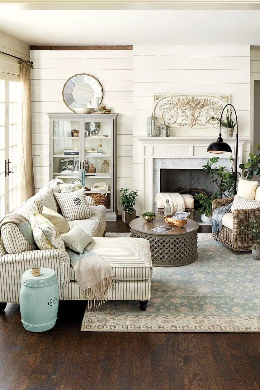 farmhouse style living room decor ideas 76
