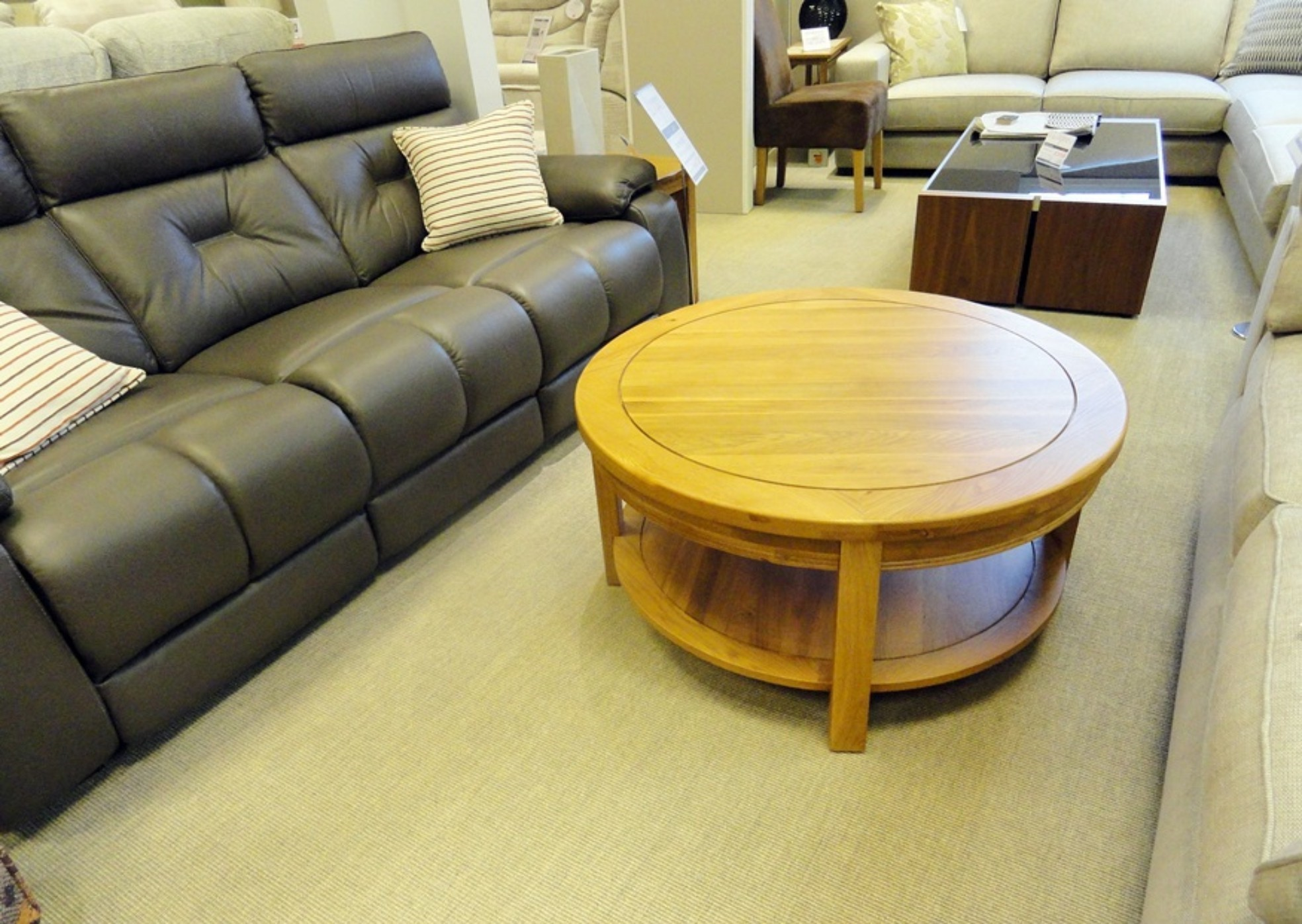 round coffee table 30