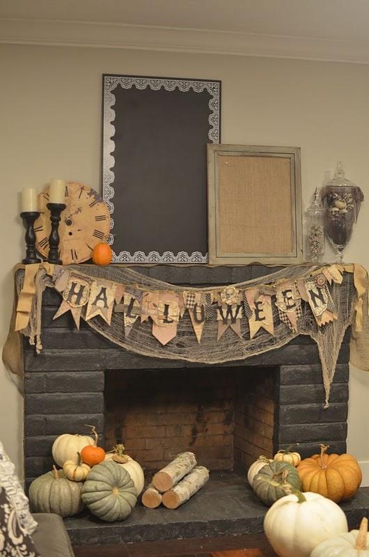 best 70 great halloween mantel decorating ideas digsdigs