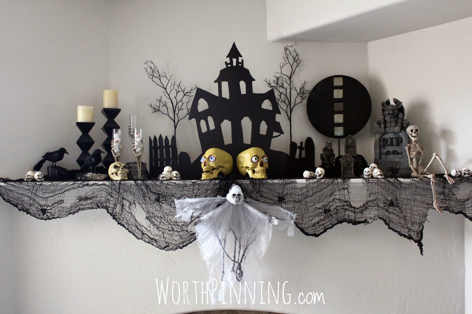 our favorite worth pinning halloween mantel   costume decor ideas