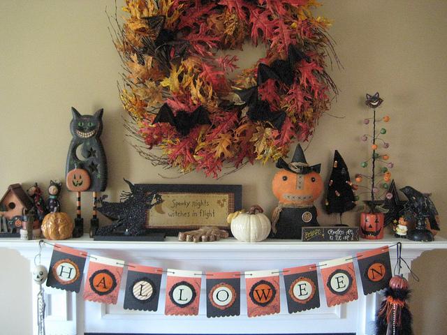 top 50 great halloween mantel decorating ideasdigsdigs