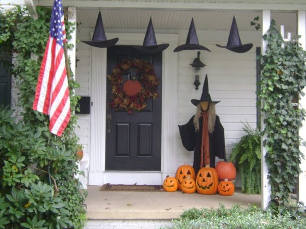 Fresh 125 Cool Outdoor Halloween Decorating Ideas Digsdigs Medium