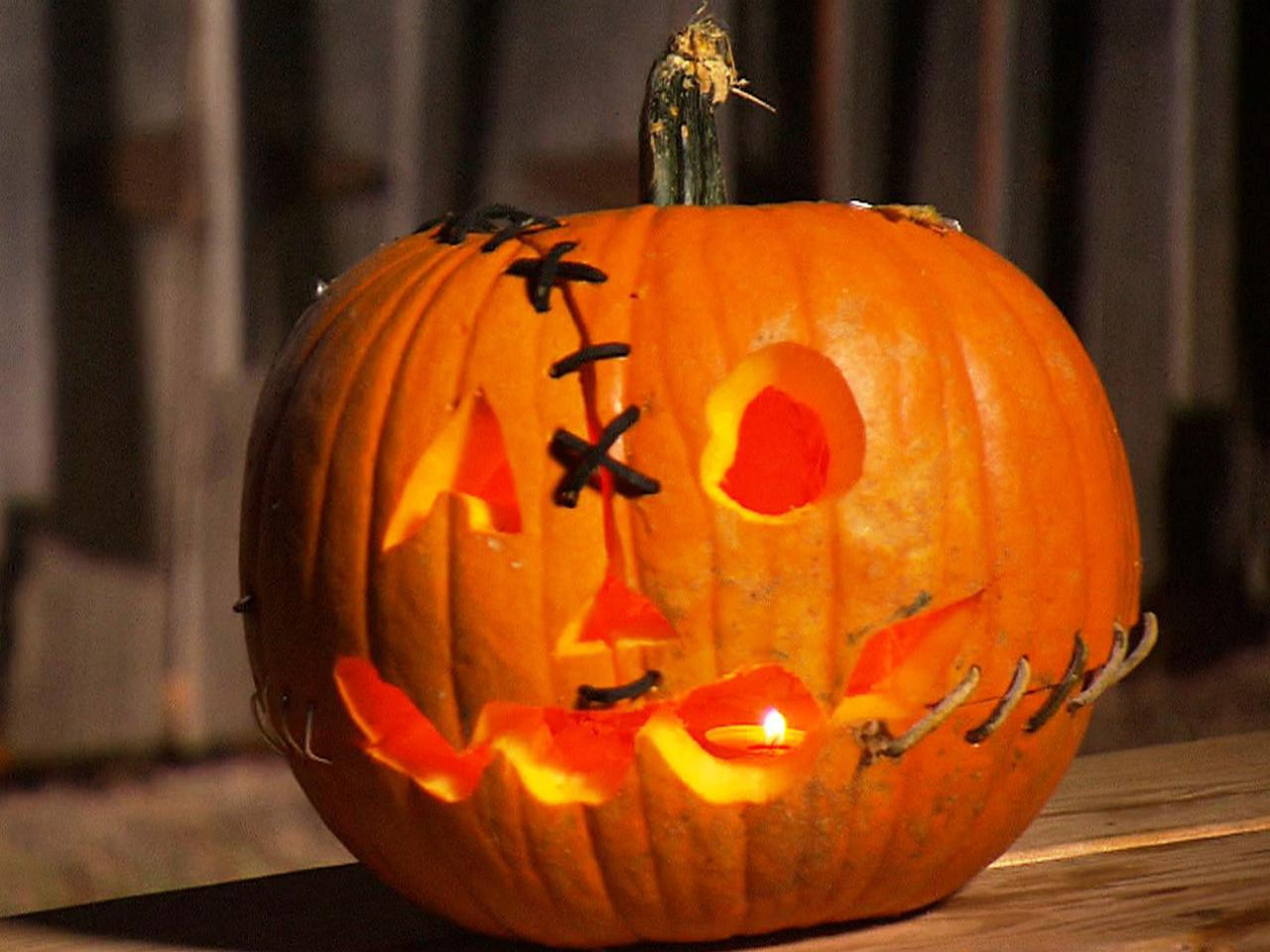 perfect happy halloween pumpkin carving ideas with pictures