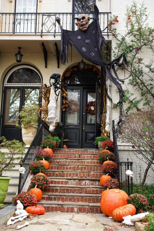 Tips 25 Outdoor Halloween Decorations Ideas Magment Medium