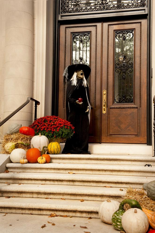 top 125 cool outdoor halloween decorating ideas digsdigs