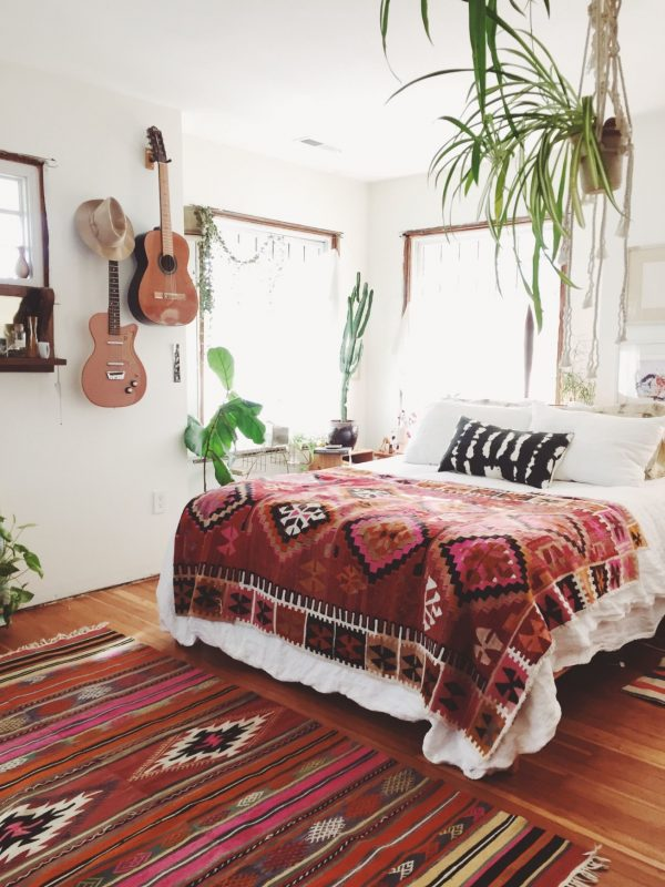 Boho-Bedroom-Decorating-Ideas-0