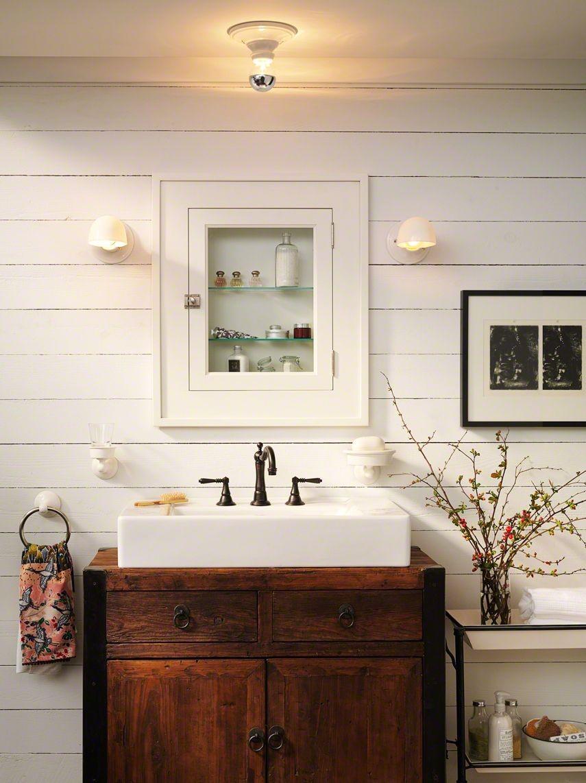 farmhouse bathroom design 18