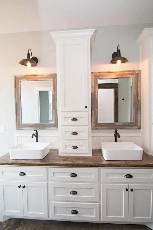 FarmhouseBathroomDesign35 Medium