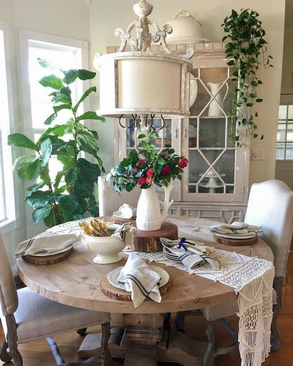 FarmhouseDiningRoomsDecor41 Medium