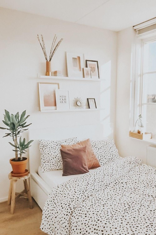 diy bedroom plant shelf with rust oleum3